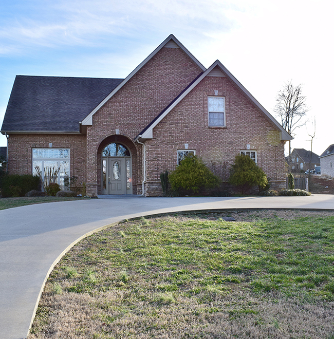 Residential Home in Clarskville, TN