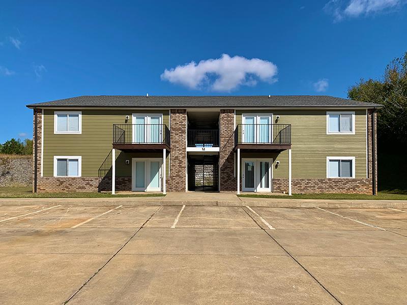 M Building at Autumn Ridge Apartments